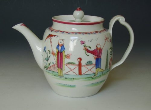 Rare New Hall barrel shape tea pot with clip handle.