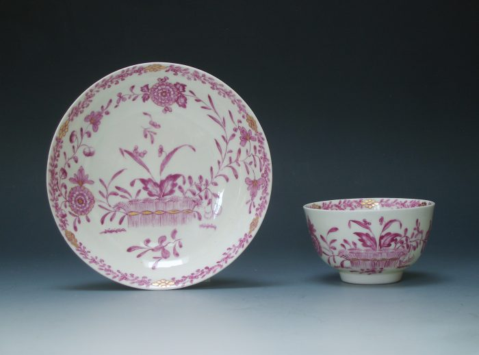 Derby tea bowl and saucer