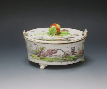 Rare Chelsea fable butter tub