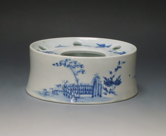 Rare Worcester inkwell