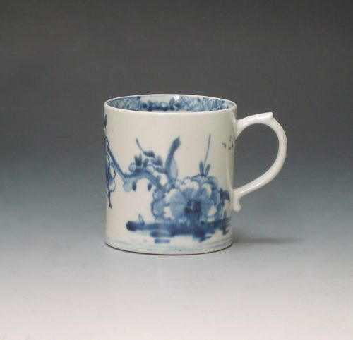 Early Lowestoft porcelain coffee can