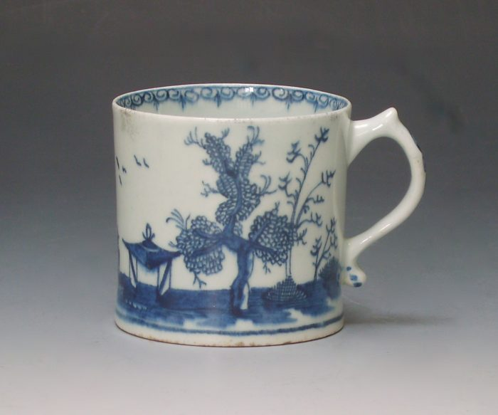 Lowestoft porcelain coffee can